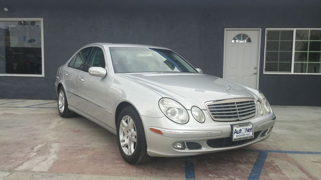 2005 Mercedes E320 32L This Mercedes-Benz E320 is the luxury vehicle for you It has a very nice