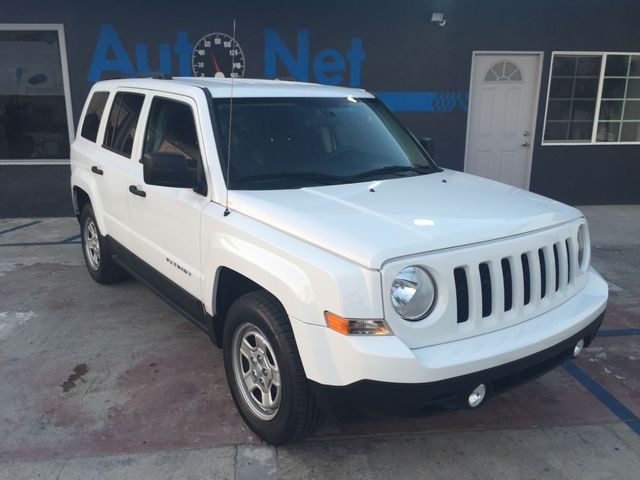 2011 Jeep Patriot Sport This 2011 Jeep Patriot is an extremely clean SUV with 55 k miles Bright