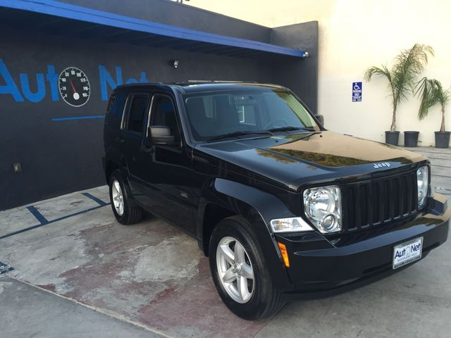 2009 Jeep Liberty Sport 4x4 This 2009 Jeep Liberty Sport is the 4x4 Rocky Mountain trail rated Jee