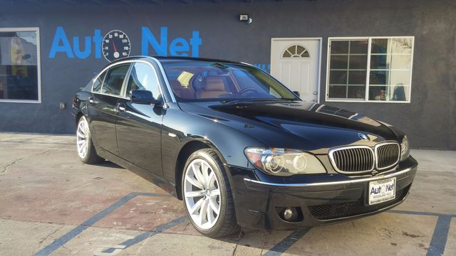 2007 BMW 750Li SPORT AND NAVIGATION WOW This BMW 750Li is a true luxury car The Black on Brown L