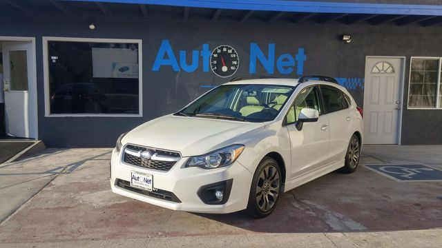 2013 Subaru IMPREZA SPORT PREMIUM SYMNETRICAL AWD LOOK no further This is the sport wagon sedan y
