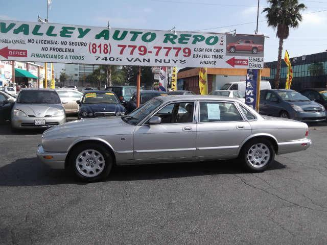 1999 Jaguar XJ  82k miles VIN SAJHX1048XC861587   FOR INTERNET SPECIAL CALL 855-325-9036 Tell