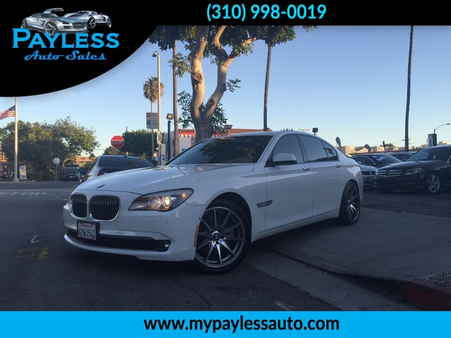 2009 BMW 750i 750i OUR 2009 BMW 750 I IS A PERFECT FIR FOR SOMEONE WHO IS LOOKING BOTH COMFORT AND