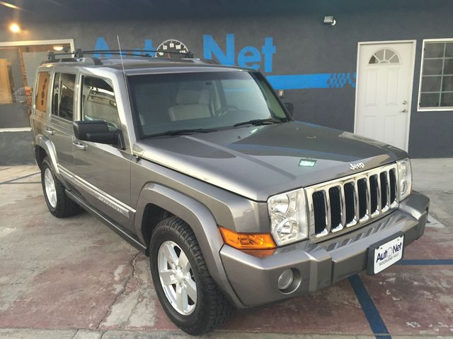 2007 Jeep Commander 4X4 Limited HEMI W 3RD ROW SEAT This Jeep Commander is in superb condition L
