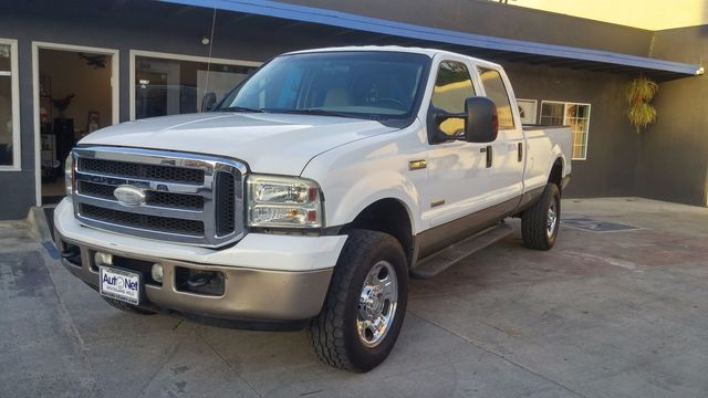 2005 Ford Super Duty F-350 XLT TurboDiesel 4x4 Lifted Wow This 2005 FORD F350 Turbo Diesel is a g