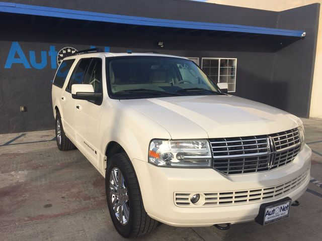 2008 Lincoln Navigator L SPECIAL EDITION with 3RD ROW WOW This 2008 Lincoln Navigator L is quite