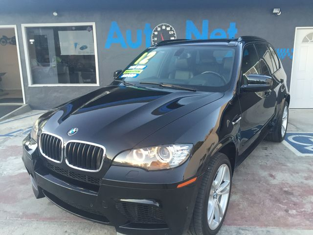 2012 BMW M Models X5M This BMW X5M is truly the Ultimate Driving Machine is LUXURY  SPORTY with V