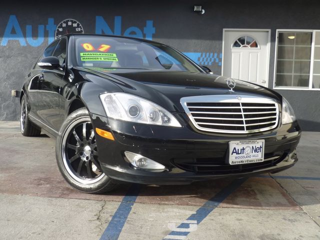 2007 Mercedes S-Class 55L V8 S550 WOW This is one beautiful car The pinnacle of luxury the Mer