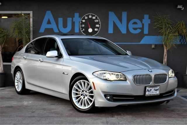 2013 BMW ActiveHybrid5 Looking for a well-maintained BMW 535 ActiveHybrid Look no further This Si