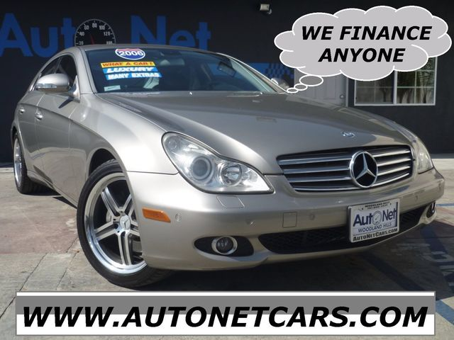 2006 Mercedes CLS500 AMG PKG 4MATIC Wow This Mercedes-Benz CLS 500 AMG Package is one fine lookin