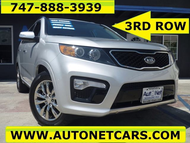 2011 Kia Sorento SX WITH 3RD ROW SEATS This 2011 KIA Sorento SX W 276-hp 35-liter V-6 is low Mi