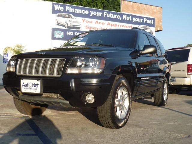 2004 Jeep Grand Cherokee LAREDO QUADRA DRIVE II 4X4 SPECI Whoa This Jeep Grand Cherokee Limited i