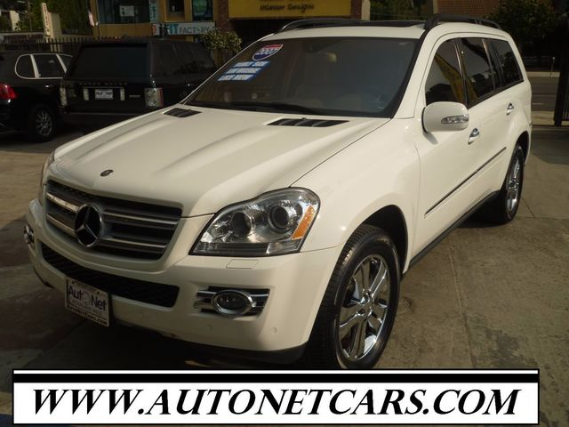 2007 Mercedes GL450 4MATIC WITH 3RD SEATS Take a look at this All-wheel Drive beauty This Mercede