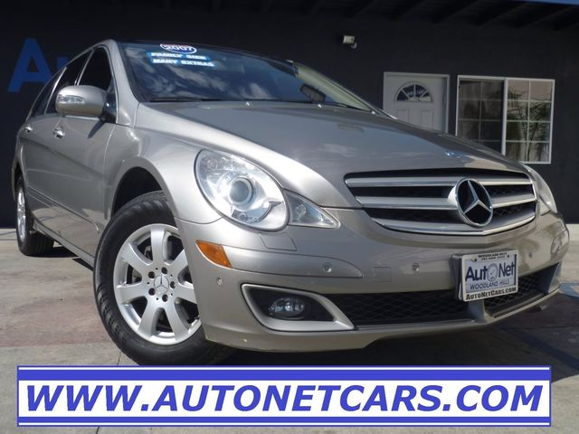 2007 Mercedes R350 with 3RD ROW SEATS amp DVD This Mercedes-Benz R350 is the perfect Wagon SUV
