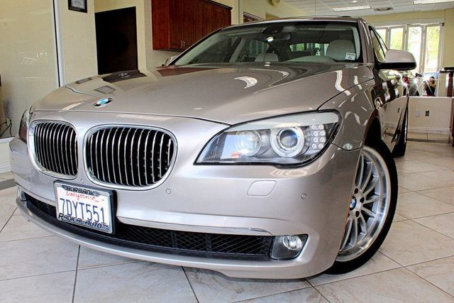 2011 BMW 740Li 740Li CLEAN CARFAX MOON ROOF NAVIGATION BLUETOOTH COME CHECK OUT THIS SHARP