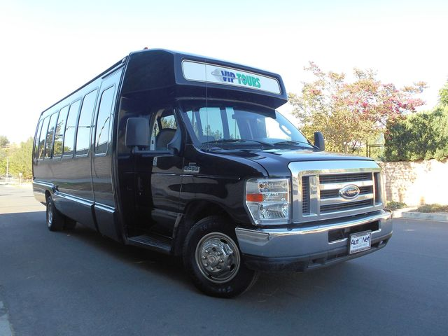 2008 FORD ECONOLINE COMMERCIAL CUTAWAY 27 PASSENGER PARTY BUS