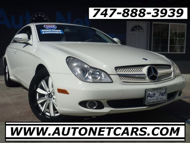 2008 Mercedes CLS550 55L Amg Pkg Just one look at this Mercedes-Benz CLS 550 will have you fallin