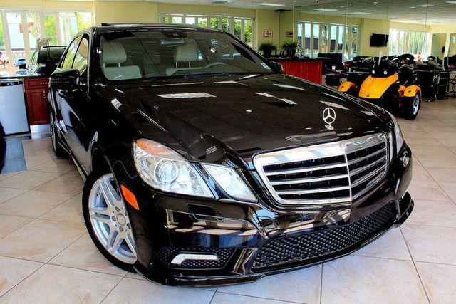 2010 Mercedes E350 E350 Luxury CARFAX CERTIFIED 2 OWNER NAVIGATION BLUETOOTH MOON ROOF H