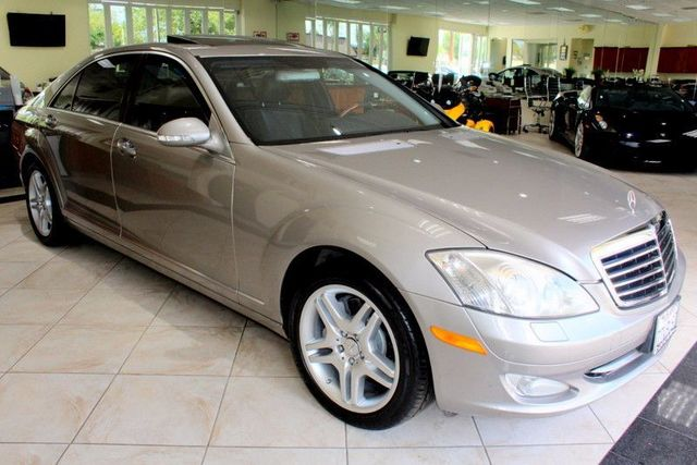2007 Mercedes S550 55L V8 CARFAX CERTIFIED BLUETOOTH MOON ROOF ALLOY WHEELS HARMON AND KA