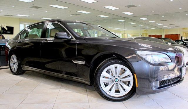 2012 BMW 740Li 1 OWNER LOW MILESMOON ROOF NAVIGATION BLUETOOTH REAR VIEW CAMERA BMW AS