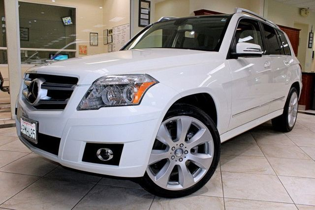 2011 Mercedes GLK-Class GLK350 CARFAX CERTIFIED 1 OWNER LOW MILES DUAL MOON ROOFS BLUETOOT