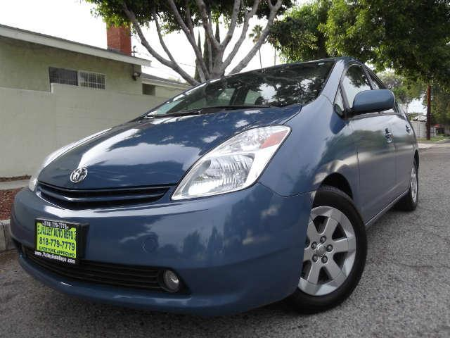 2004 Toyota Prius The top-selling and best known hybrid on the market Toyota Prius has popularity