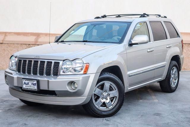 2007 Jeep Grand Cherokee Overland This Jeep Grand Cherokee OVERLAND will simply take your breath a