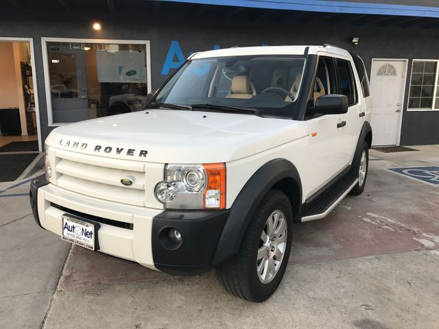 2005 Land Rover LR3 SE NAVIGATION 3RD ROW SEATS Look at this 2005 Land Rover LR3 Clean White on