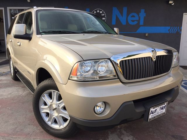 2004 Lincoln Aviator LUXURY ONE OWNER Breathtaking is the only word to describe this vehicle 2004