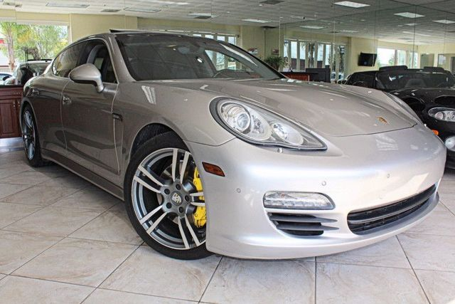 2012 Porsche Panamera S Hybrid CARFAX CERTIFIED KEYLESS ENTRY  START BACK-UP CAMERA PARKIN