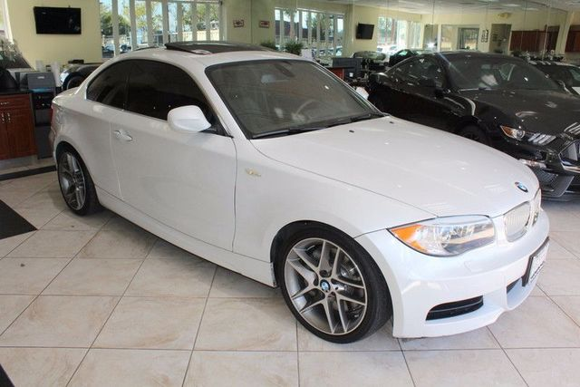 2013 BMW 135i CARFAX CERTIFIED ONE OWNER KEY LESS ENTRY  KEYLESS GO M SPORT SUSPENSION N