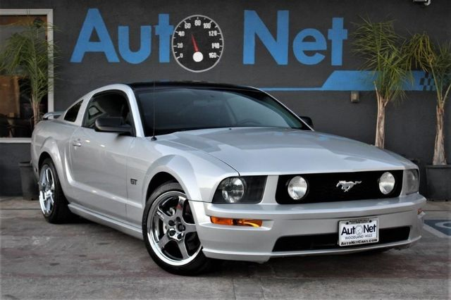 2006 Ford Mustang GT Premium This 06 Mustang GT Premium Hardtop Coupe is the one youve been looki