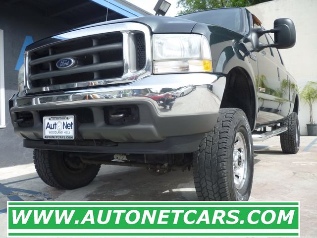 2004 Ford Super Duty F-250 XLT  DIESEL LIFTED This 2004 Ford F-250 XLT Super Duity cab is LIFTED