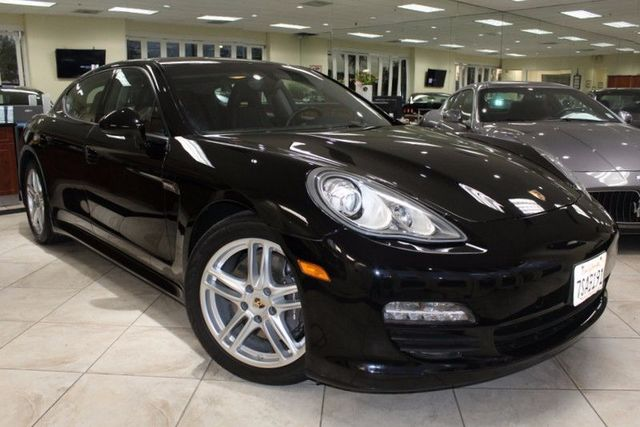 2012 Porsche Panamera CARFAX CERTIFIED LOW MILES NAVIGATION MOON ROOF BLUETOOTH PDK TRAN