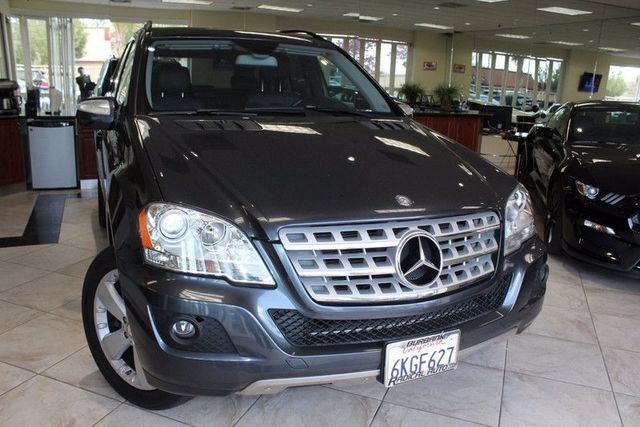 2010 Mercedes M-Class ML350 CARFAX CERTIFIED ONE OWNER KEY LESS ENTRY BACK-UP CAMERA NAVIG