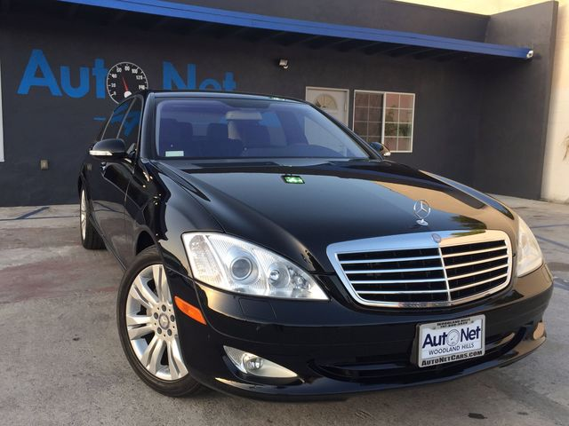 2009 Mercedes S550 55L V8 NAVIGATION HEATED amp COO WOW Look at this beautiful Mercedes-Benz