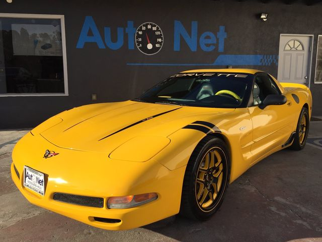 2004 Chevrolet Corvette Z06 with HEADES UP DISPLAY Looking for something sporty and fun This 200