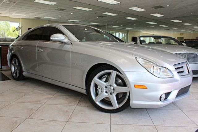 2006 Mercedes CLS55 AMG CARFAX CERTIFIED LOW MILES SUPER CLEAN AMG V8 KOMPRESSOR MOON RO
