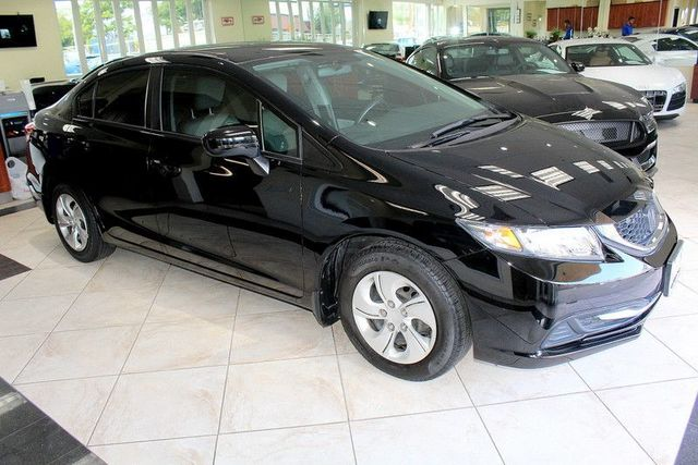 2014 Honda Civic LX CARFAX CERTIFIED ONE OWNER KEY LESS ENTRY BLUETOOTH BACK-UP CAMERA C