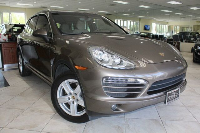 2013 Porsche Cayenne CARFAX CERTIFIED SUPER CLEAN KEYLESS ENTRY AND GO NAVIGATION BACK-UP