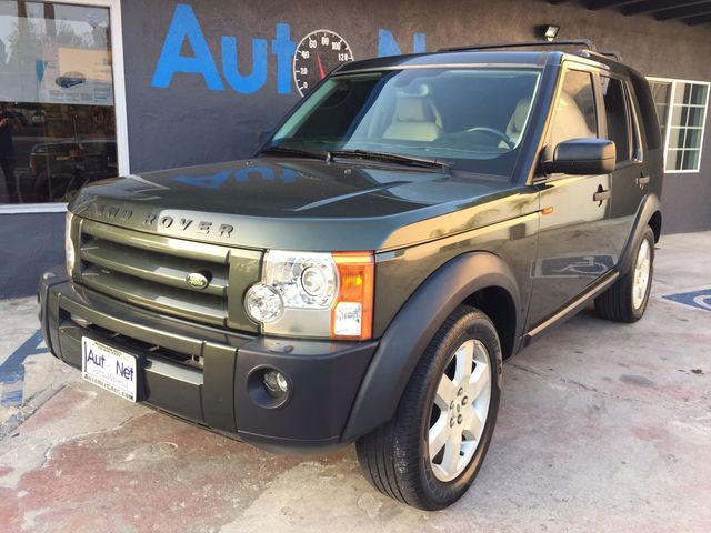 2005 Land Rover LR3 4X4 HSE NAVIGATIONamp 3 RD RO This 2005 Land Rover LR3 HSE Sahra on Beige c
