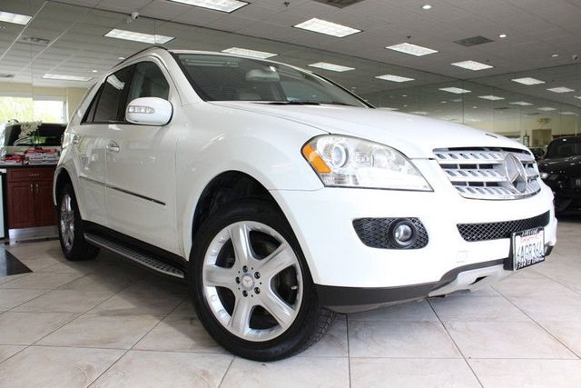 2008 Mercedes M-Class 35L CARFAX CERTIFIED KEY LESS ENTRY BLUETOOTH NAVIGATION MOON ROOF