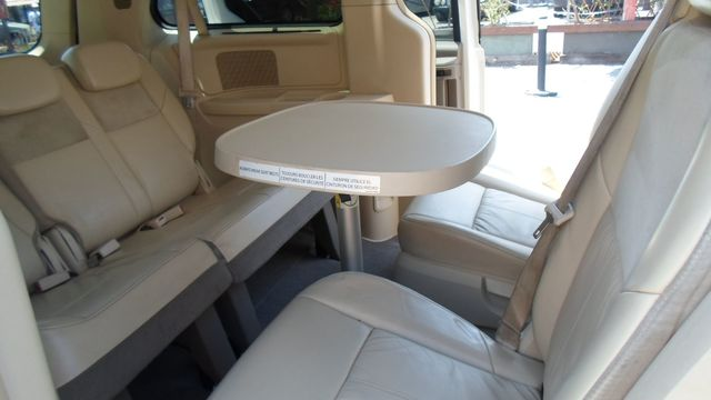 2008 Chrysler Town amp Country Limited super clean mini van sto n go seat leather and look what