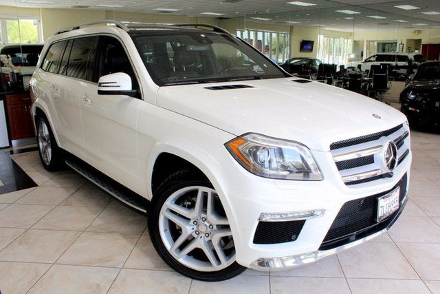 2015 Mercedes GL-Class GL 550 DESIGNO EDITION CARFAX CERTIFIED ONE OWNER FACTORY WARRANTY