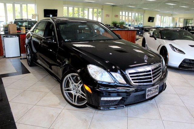 2010 Mercedes E-Class E 63 AMG CARFAX CERTIFIED AMG KEY LESS ENTRY BACK-UP CAMERA NAVIGATI