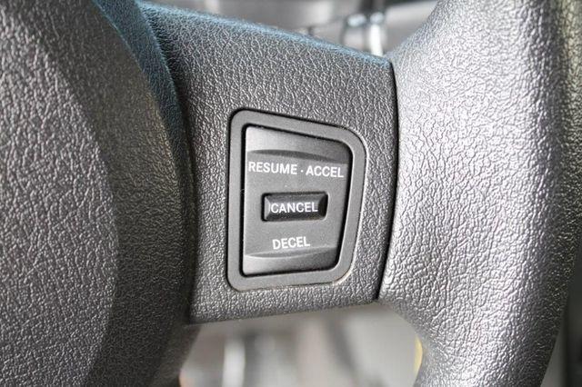 2006 JEEP COMMANDER 4X4 , W/ 3 ROW SEATS