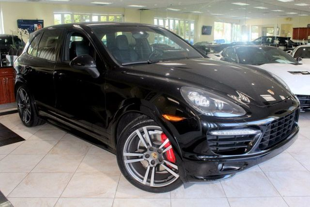 2014 Porsche Cayenne GTS CARFAX CERTIFIED ONE OWNER FACTORY WARRANTY SPORT CHRONO PACKAGE