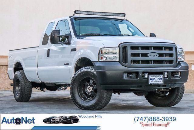 2006 Ford Super Duty F-250 XL 4X4 Looking for your next truck Look no further than this Ford F-2