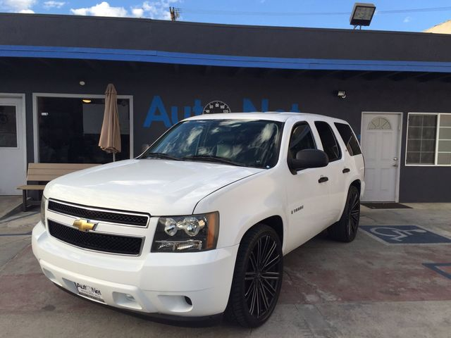 2009 Chevrolet Tahoe Commercial Come check out this 4-Wheel Drive beauty This Chevrolet Tahoe LS