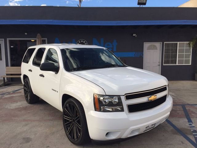 2009 Chevrolet Tahoe LS PREMIUM 3 RD ROW SEATSamp DVD PLAY Come check out this 4-Wheel Drive bea